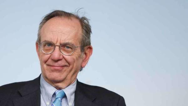Banche, Padoan: serve condivisione e riduzione dei rischi. Rafforzato sistema italiano