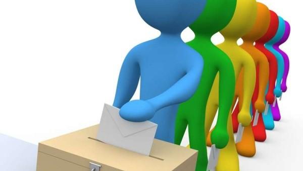 Elezioni: in lieve crescita il M5S, stabile il Pd. Domani Quagliariello (ex Ncd) presenta nuovo movimento