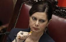 Renzi: Boldrini fuori dal suo perimetro istituzionale