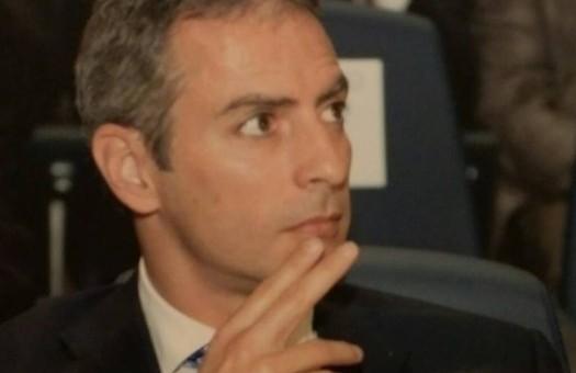 M5S, ex senatore Battista scrive ai fuoriusciti: entriamo in maggioranza