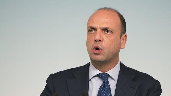 """Expo2015, ministro Alfano riferisce in Aula su scontri: """"Collegamenti con frange violente dei No Tav"""""""