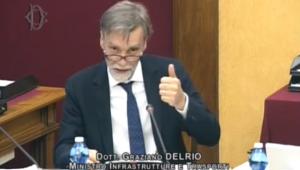 """Il ministro Graziano Delrio su Volkswagen: """"truffa senza precedenti"""". In Italia 709.712 veicoli coinvolti."""