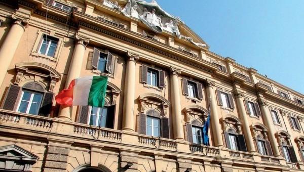 Spending review, Mef alle amministrazioni statali: obbligatori acquisti tramite Consip