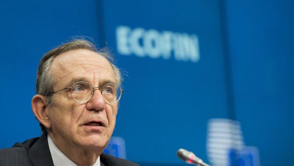 """Ecofin, ministro Padoan: """"Da Bruxelles via libera senza problemi a clausole di flessibilità"""""""