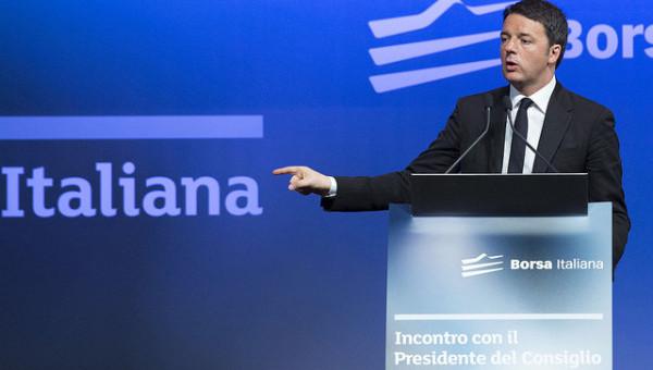 Renzi alla Borsa di Milano dichiara morto il capitalismo di relazione e replica a De Bortoli