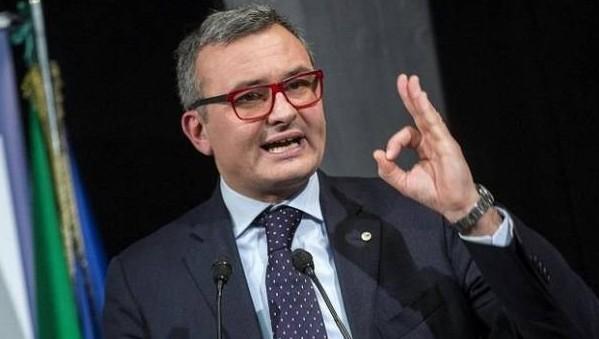 Caos pensioni, sottosegretario Zanetti: immorale rimborsare le più alte. E l'Ue avverte l'Italia