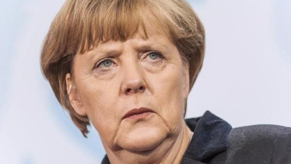 Immigrazione, Merkel: accordo per aiutare Italia. Previsto vertice europeo straordinario il 14 settembre