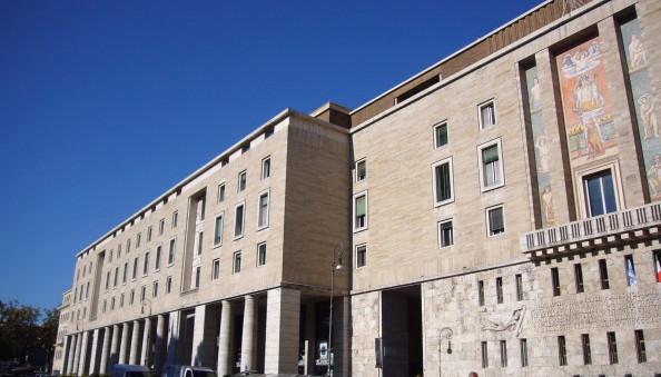 In vendita ex sede Inps di Roma, vale 22 milioni e potrebbe essere trasformata in hotel di lusso. Miccoli (Pd) interroga Padoan e Franceschini