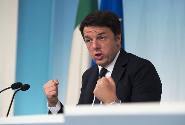 """Fisco, botta e risposta tra Renzi e Bruxelles: quali tasse ridurre lo decidiamo noi. E conferma: """"Addio imposte sulla casa"""""""