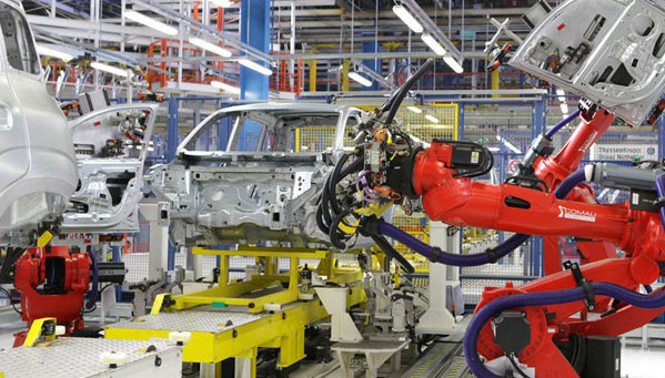 Istat: riparte la produzione industriale in Italia, in un anno comparto auto a +44,9%. Squinzi: bene ma non parliamo di ripresa
