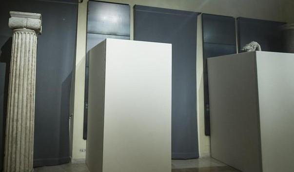 """Statue coperte, è mistero a Palazzo Chigi. Avviata indagine interna. Franceschini: """"Scelta incomprensibile"""""""