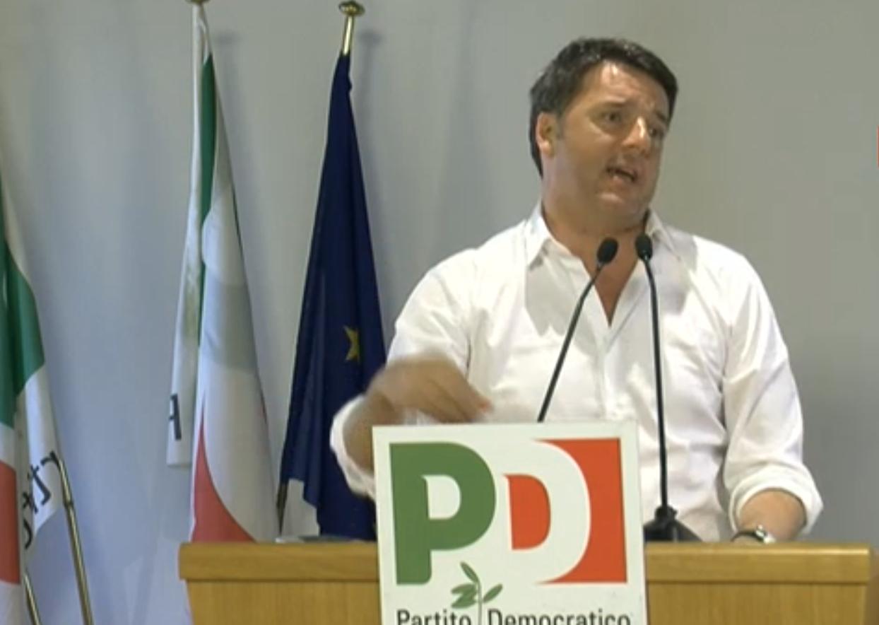 """Renzi dalla segreteria del Pd: """"Nogarin? Non deve dimettersi"""". E dà il via alla campagna per il referendum"""