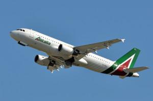 Alitalia, Delrio: nazionalizzazione irragionevole. Commissari al lavoro per bozza piano industriale